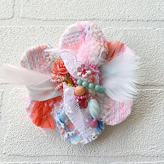 Corsage Brooch  No.13   beads accessory colorful
