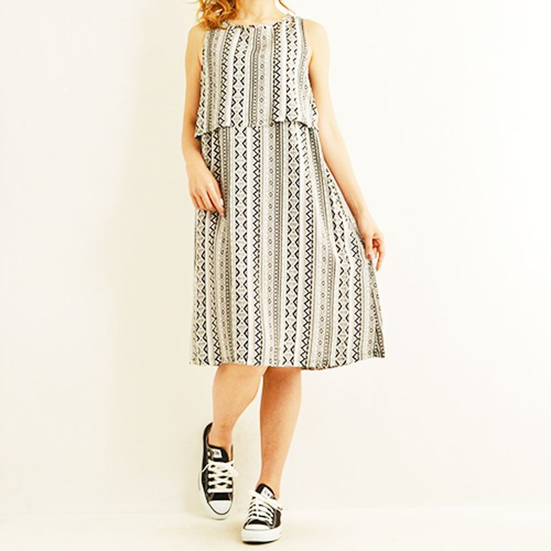 Ortega pattern sleeveless all-in-one dress