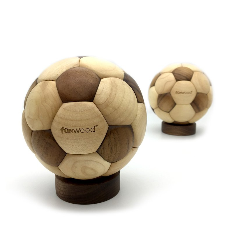 fünwood │ Wood Soccer Ball
