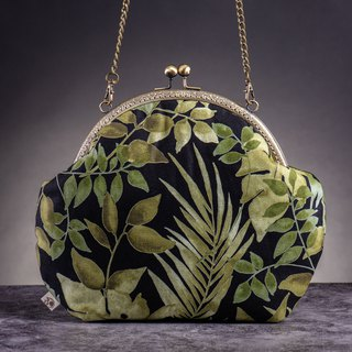 [Green leaves] retro metal mouth gold bag - big section #随包# cute #优雅# wild