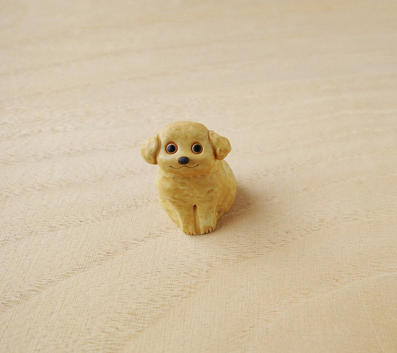 Dog's figurine