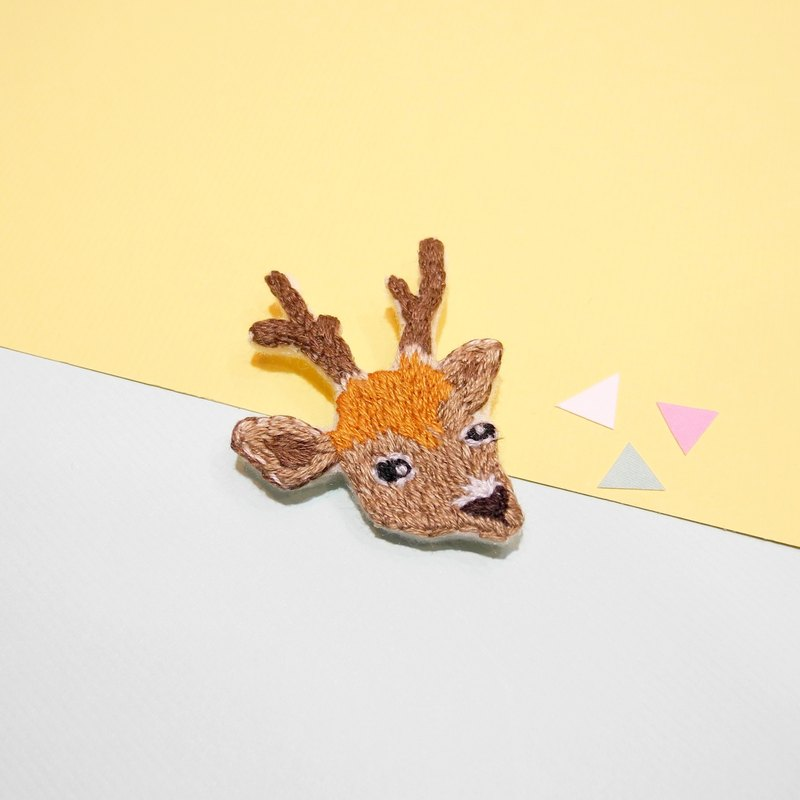 Department of forest embroidery deer brooch pin hand embroidery