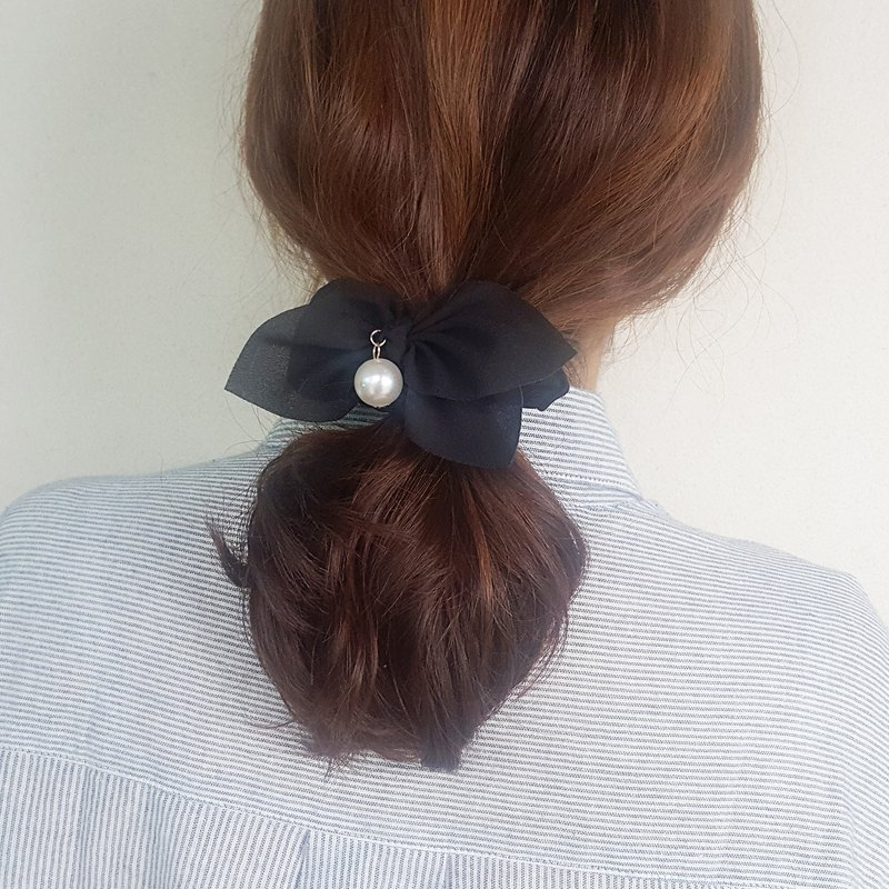 Simple black ribbon mood Romantic Hair Scrunchie,shushu,Hair Tie