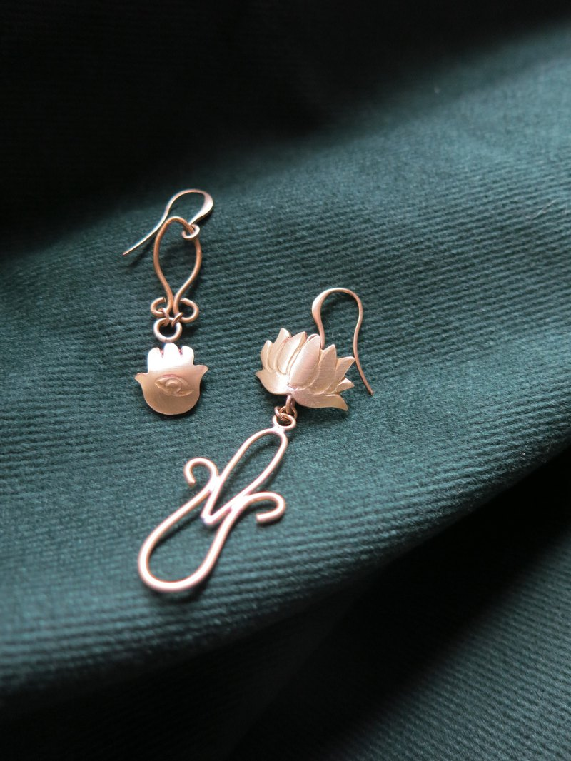 Power and calm earrings
