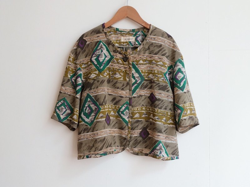 Vintage / blouse shirt / five-point sleeve no.301 tk