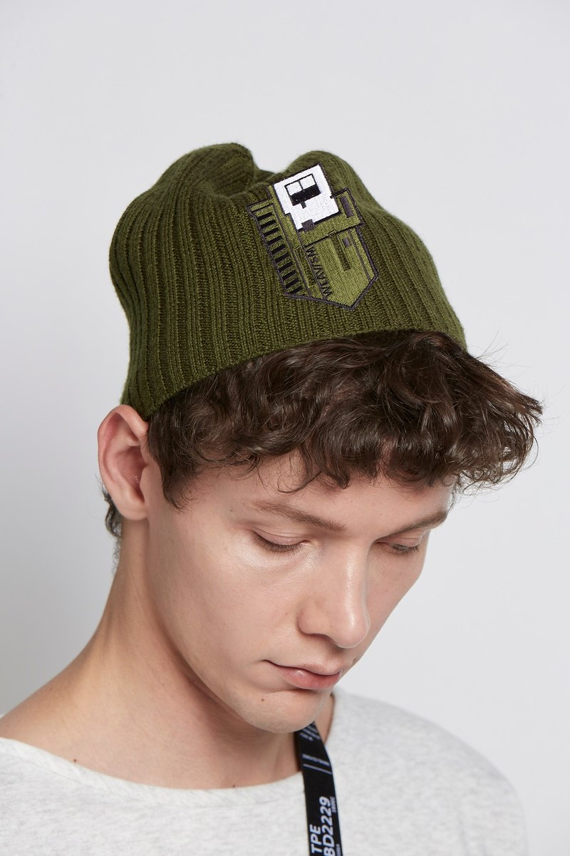 Small house design army green wool cap green embroidery