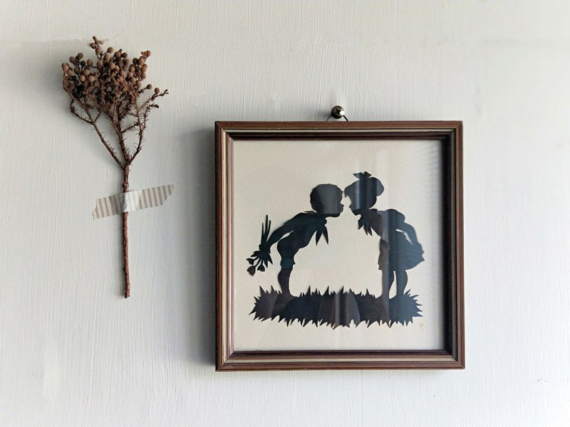 [Good day fetish] Dutch vintage / antique two small no guess silhouette hanging frame
