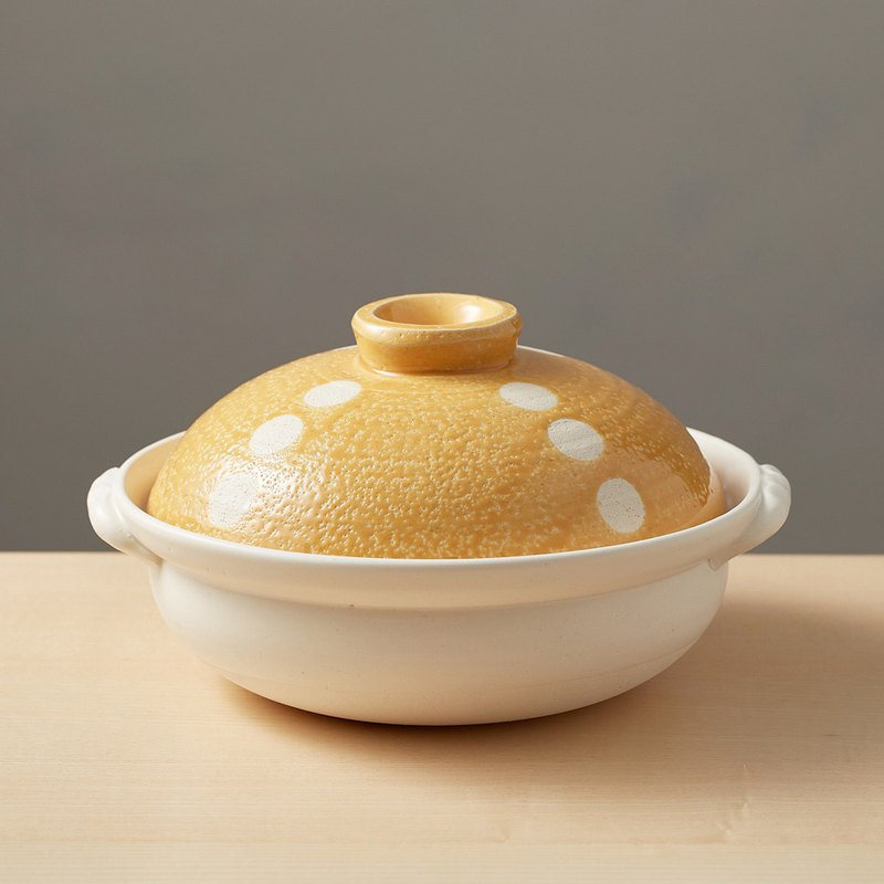 There is a kind of creativity - Japan's Wagyu - Lightweight Earthen Pot 8 - Little Orange (1.6L)