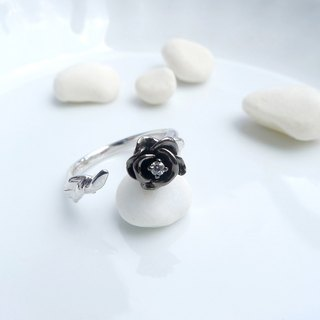 HK195 ~ 925 Silver Rose Style Ring