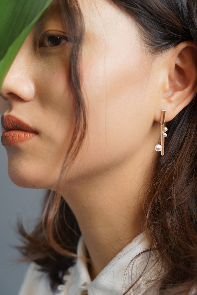 The dots Earrings/ 幾何樹枝珍珠 925 純銀耳環