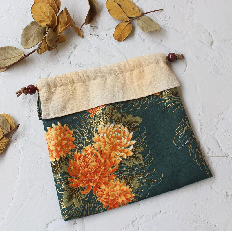 Chinese style flower gilt bundle pocket storage bag cosmetic bag