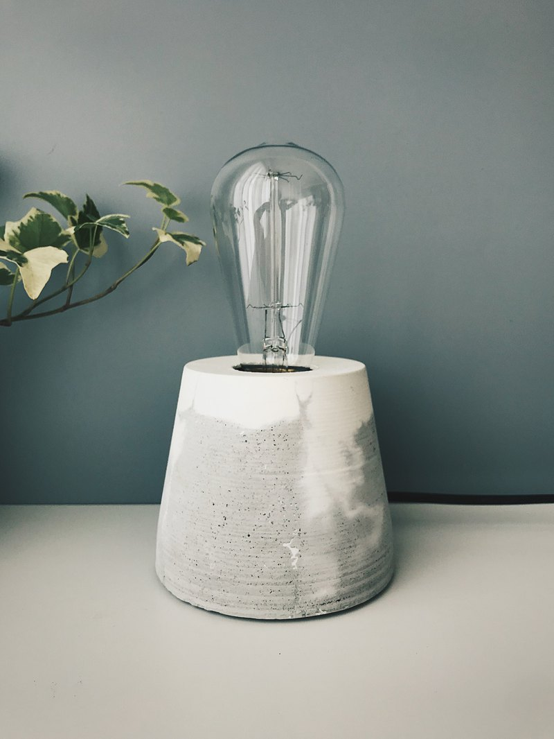 Skylight - natural cloud dyed cement lamp / retro tungsten light bulb