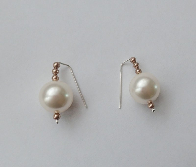 earrings with pearl, SWAROVSKI ELEMENTS, one pair