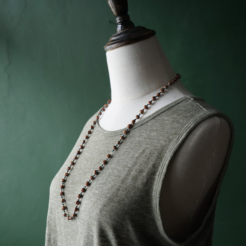 [Antique Jewelry / Western Old Items] VINTAGE Natural Ethnic Style Seeds Beaded Long Necklace