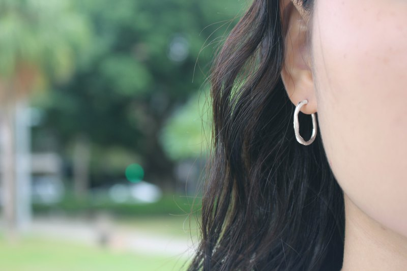 [PICK & COLLECT] Designer S-Melting Series-Handmade Sterling Silver Hoop Earrings-A Pair Sold