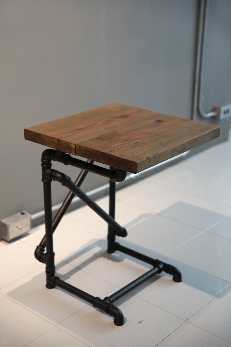 Industrial wind pipe _ Bedside tables