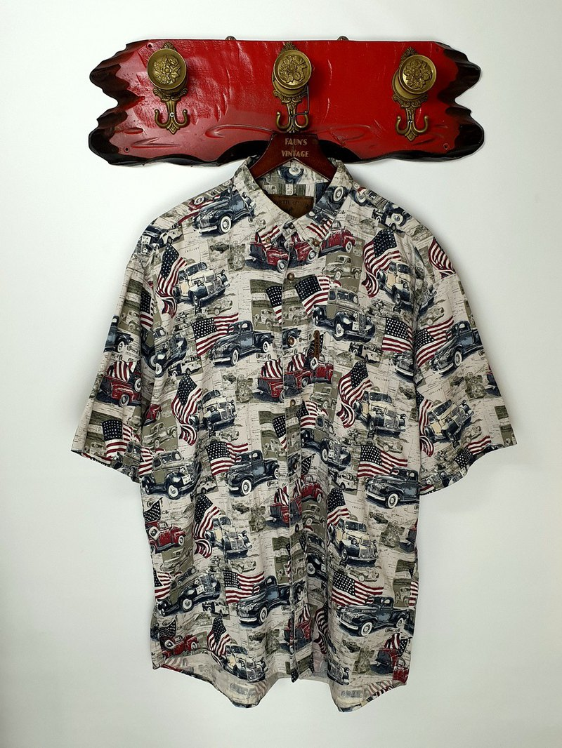Little Turtle Gege - American old car carnival vintage shirt