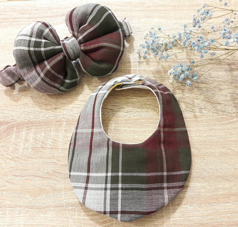 British style green plaid saliva towel + Peng Peng bow hair band combination