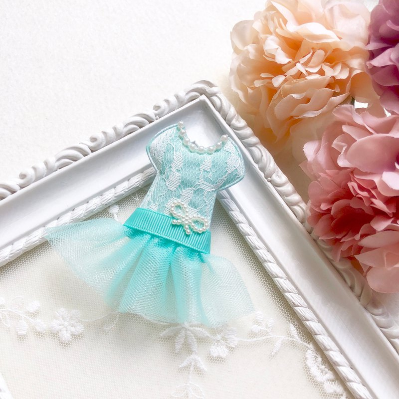 Lace crepe mini dress hairpin / blue green