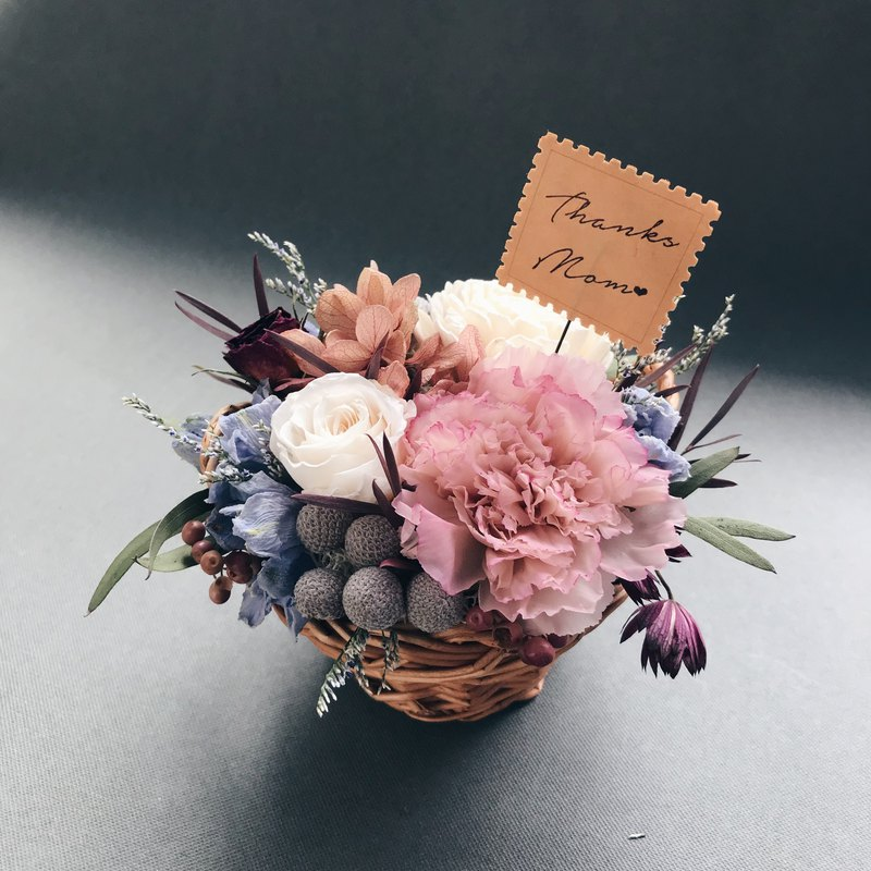 【Carnation small flower basket*Gift flower card*】Mother's Day gift.Eternal flower.Not withered flower.Dry flower.Flower ceremony.Potted flower