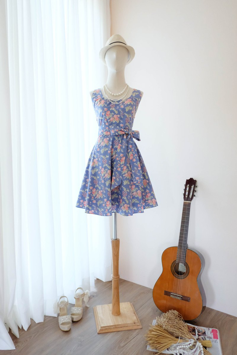 Cutie Blue Floral  Sundress Spring Summer Tea Floral Dress Vintage Inspired