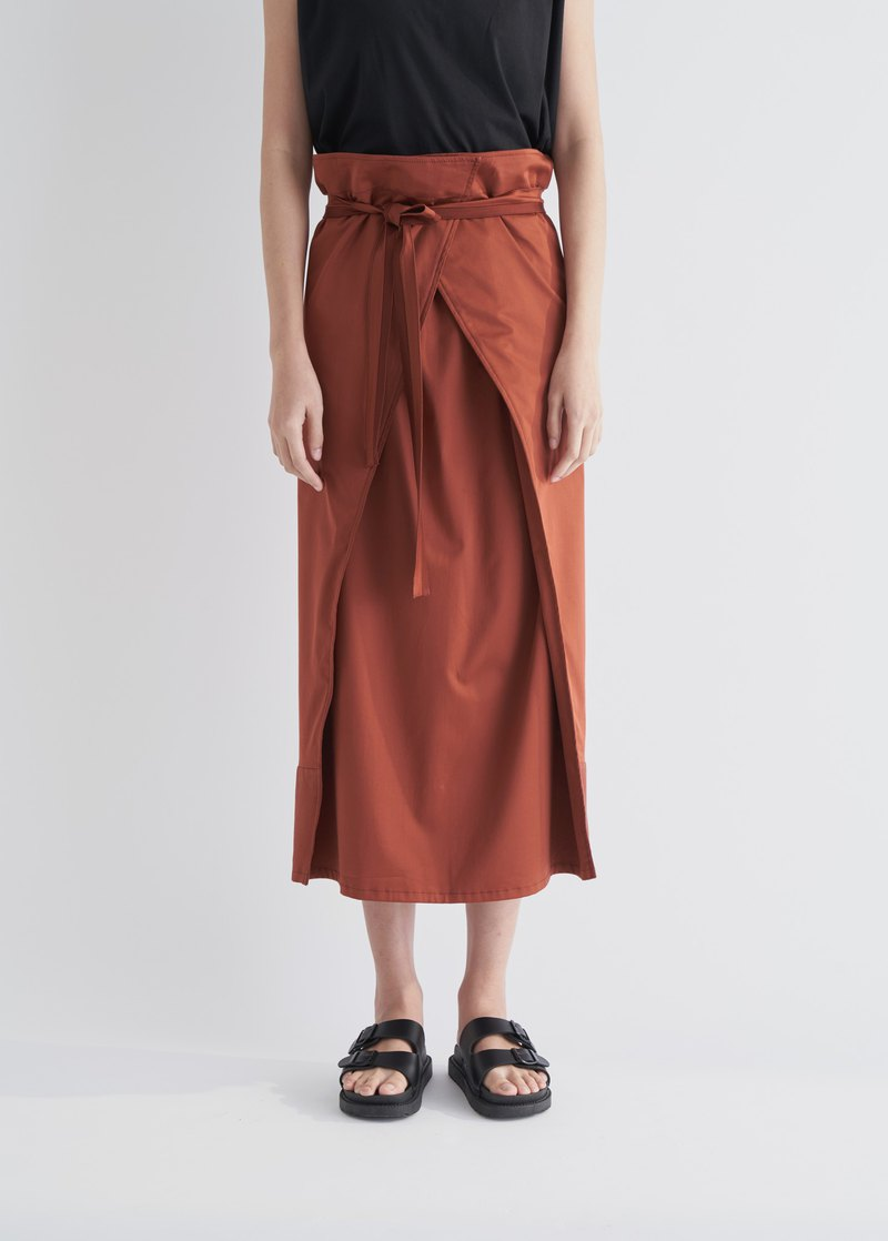 YIBO/brick red sleeve overlapping strap skirt