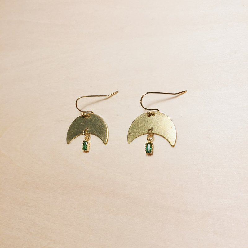 Vintage Japanese Mini Green Gem Moon Earrings