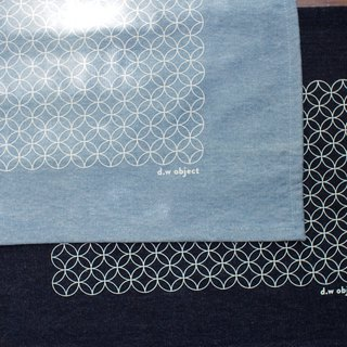 denim placemat - circle