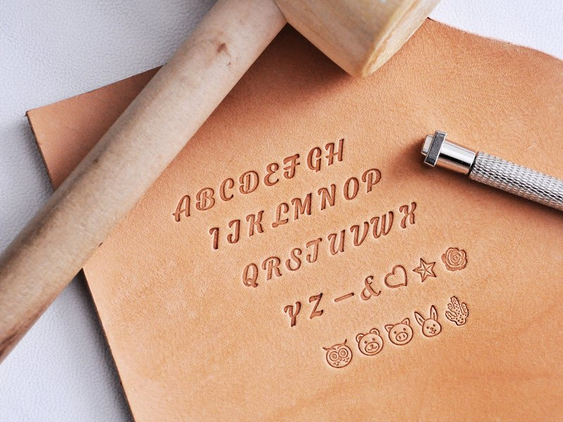 2017 Handwritten Striped Embossed Embossed Set (Wooden Box Gift Box) Letter Molded Leather Embossed Embossed Personalized Leather DIY Marking Tools