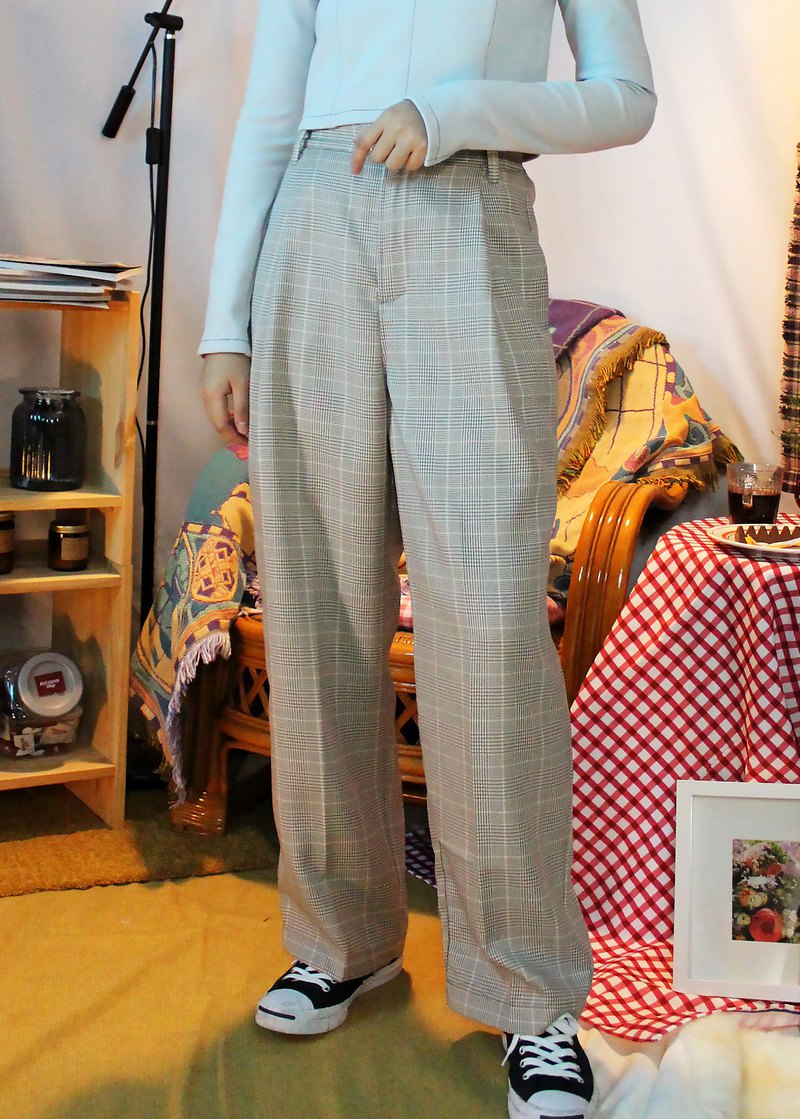 Plaid pleated trousers - plaid