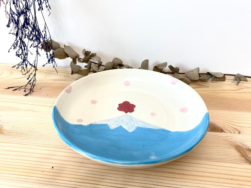 Customized-Shipped in early March / Mount Fuji Pottery Plate-Outbreak