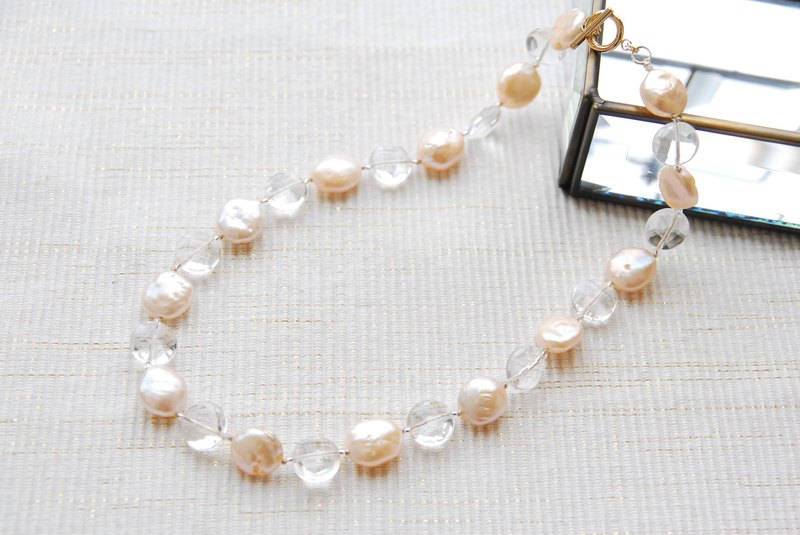 Pink gold pearl and crystal necklace