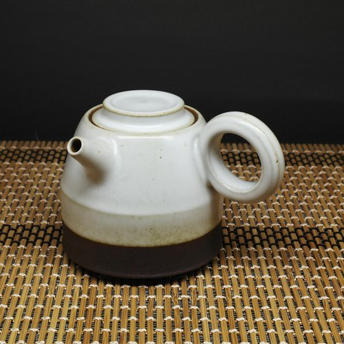 Run white glaze gun barrel mouth barrel body ring side of the teapot hand pottery tea props