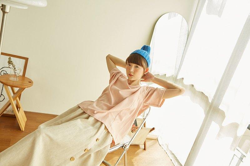 亞麻棉圓領短袖T卹-柔和的粉紅色