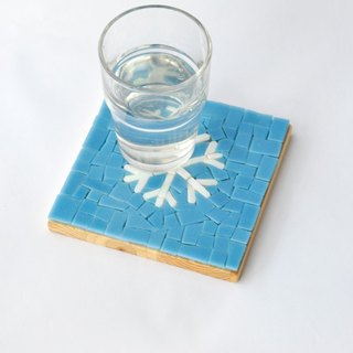 snowflake/ Handmade Mosaic Decorative Painting/ Wood coasters/ Christmas gift