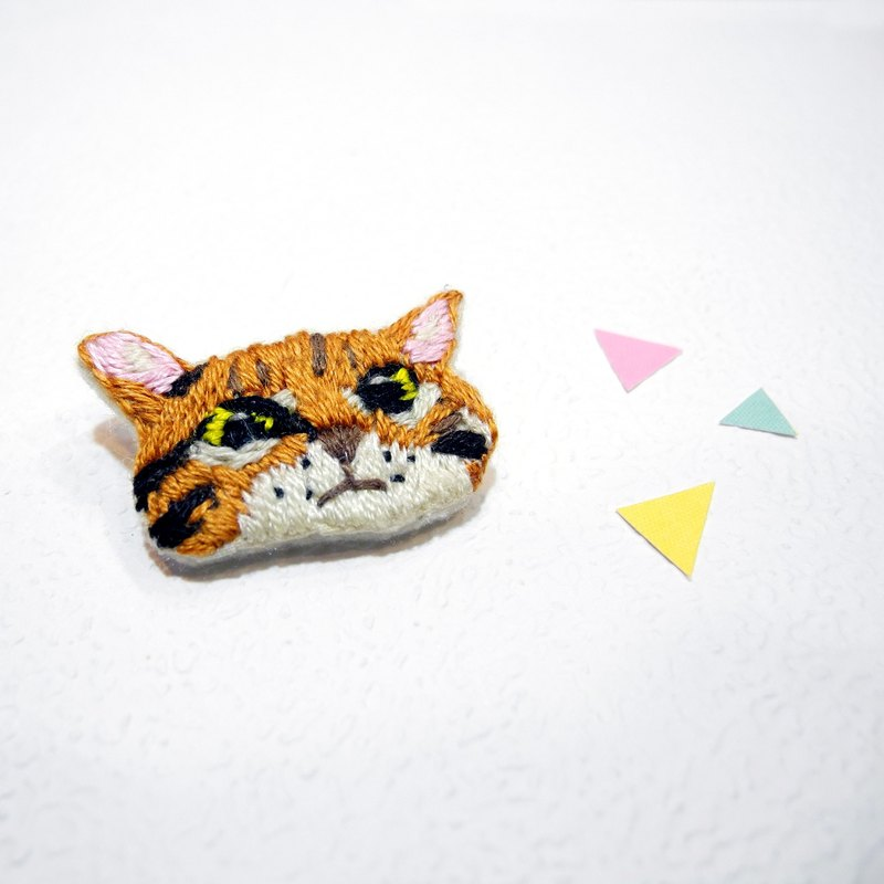 Department of forest embroidery kitten come brooch pin hand embroidery