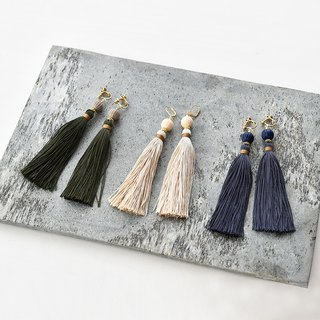 イヤリング/Volume tassel earrings