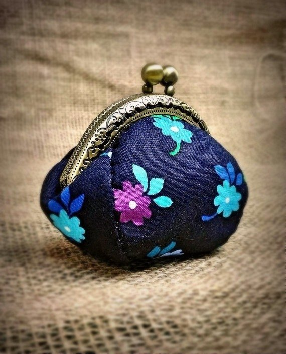 【MY。手作】mini kisslock coins bag / little coins purse / 100% hand-stitches ~ flowers
