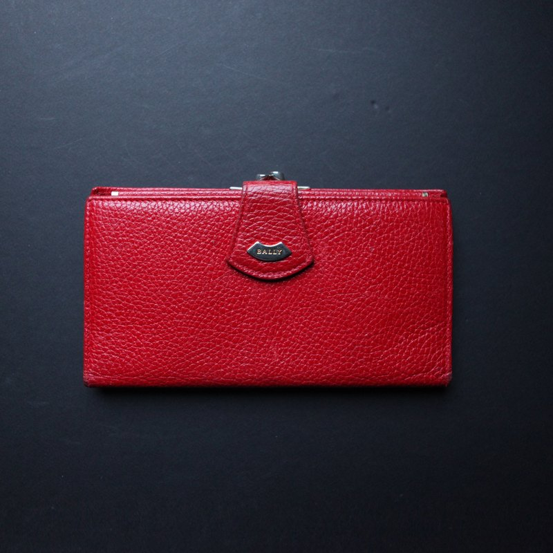 A ROOM MODEL - VINTAGE, Bally red long clip / BD-0799