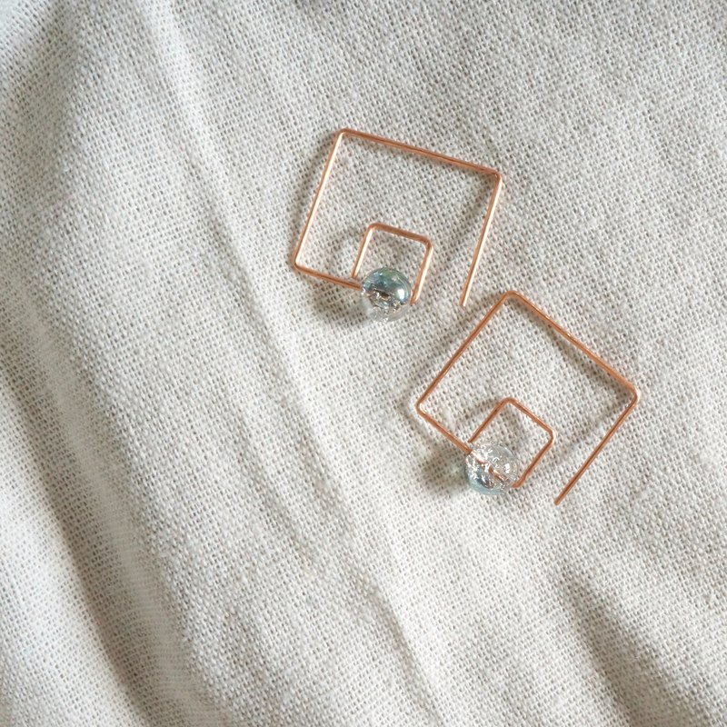 Handmade copper earrings one-line square rose gold ice cracked glass beads classic design