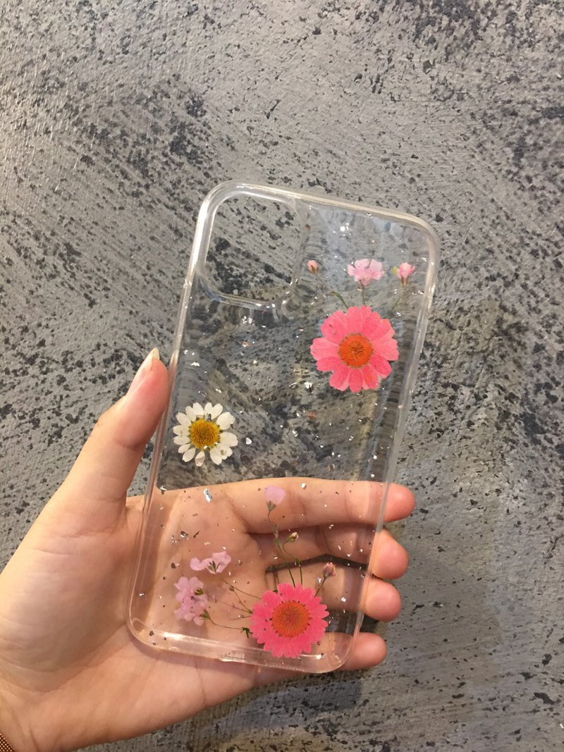 [Meet Everlasting] Apple iPhone i11 Dry Flower Case