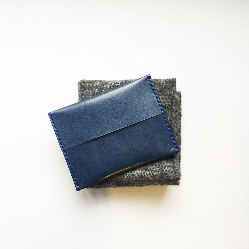 Pocket tissue cover indigo of leather