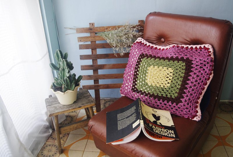 60s Colorful crochet pillow sham