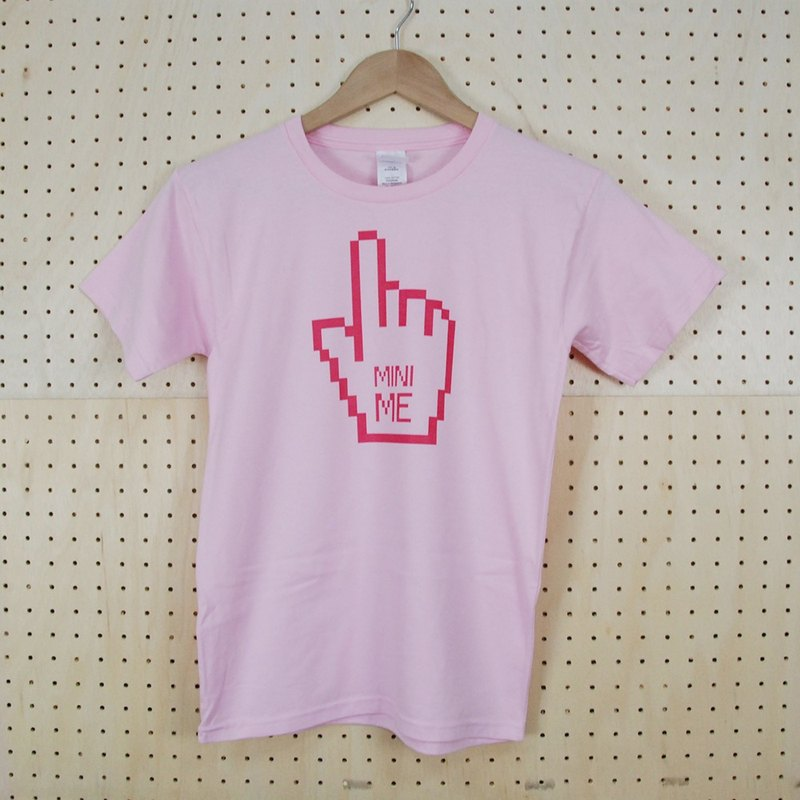 "New Year -T-shirt designer: Mini Me] [short-sleeved T-shirt ""Child"" (pink) -850 Collections"