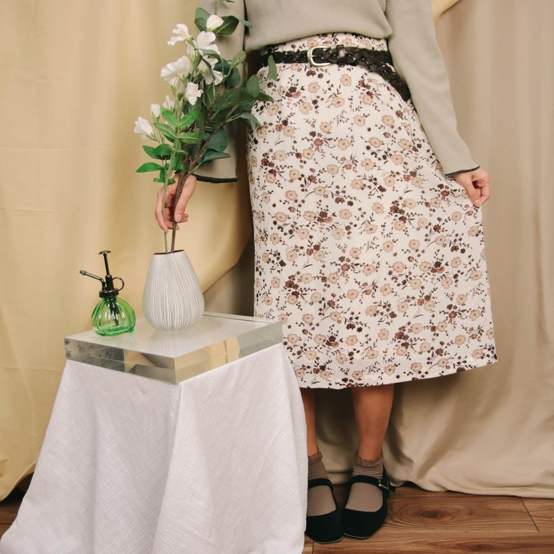 Vintage skirt 002, beige floral, skirt under the flower skirt [Tsubasa.Y 古 着 屋]