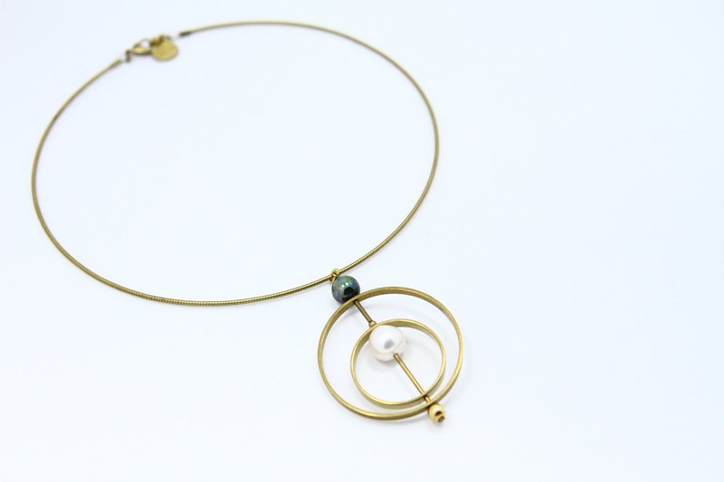 Ocean Planet Pearl Neck Ring Necklace