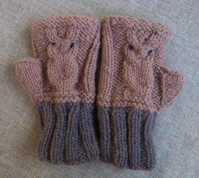 Hand Warmer, Fingerless Gloves, Wool Gloves, Hand knit Gloves Owl