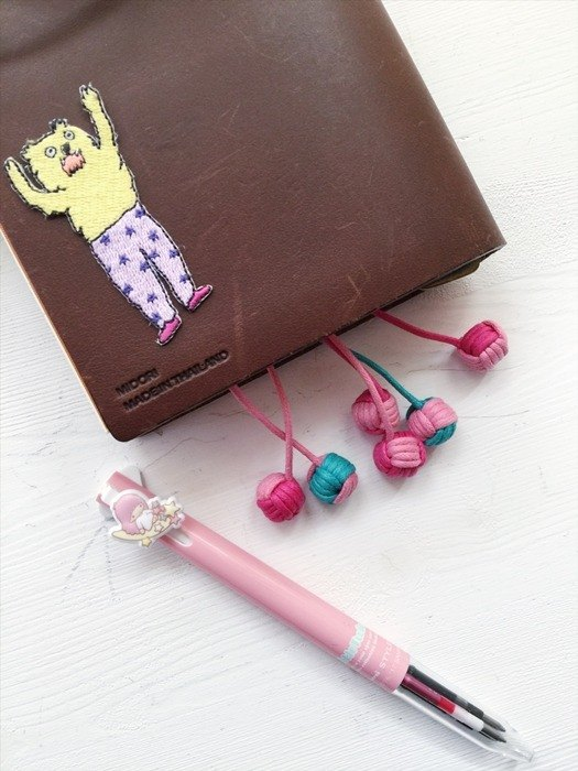 hairmo. PDA / Books rope bookmark (hit color small pieces) - double ball
