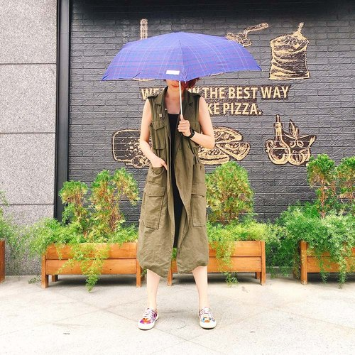 [Taiwan] Rain's talk creative gentleman anti-UV fold umbrella