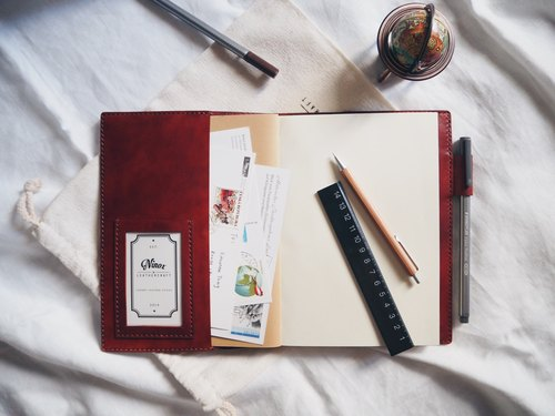 [NINOX] handmade leather book cover with internal and pen inserted with the notebook to send print